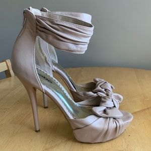 Bebe stiletto open toe platform heel size 10